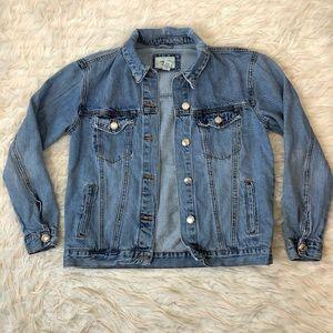 F21 distressed trucker jean jacket